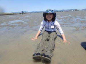 5月水辺の教室「干潟で遊んで学ぶ」