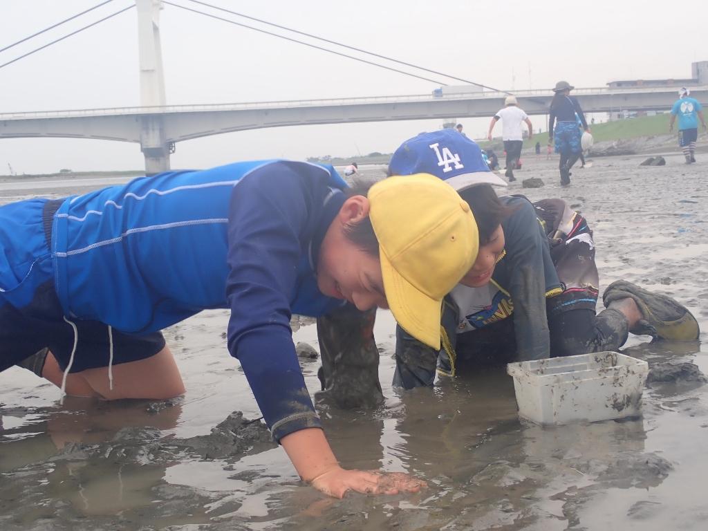 5月水辺の教室 生き物いっぱいの干潟で川遊び!!