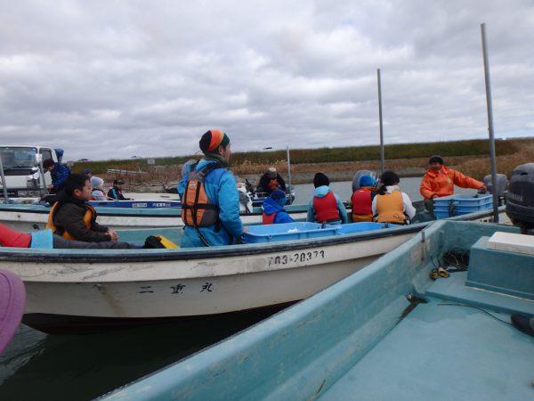 船で漁場へ移動!
